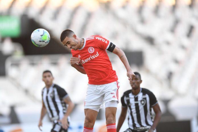 Botafogo perde para o Internacional