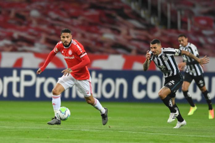 Internacional vence Santos