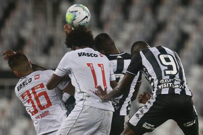 Falhas na defesa do Botafogo