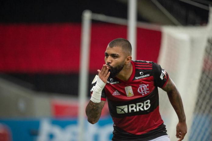 Flamengo vence Fortaleza
