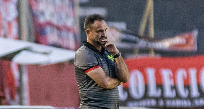 Wagner Lopes (Pietro Carpi / EC Vitória)